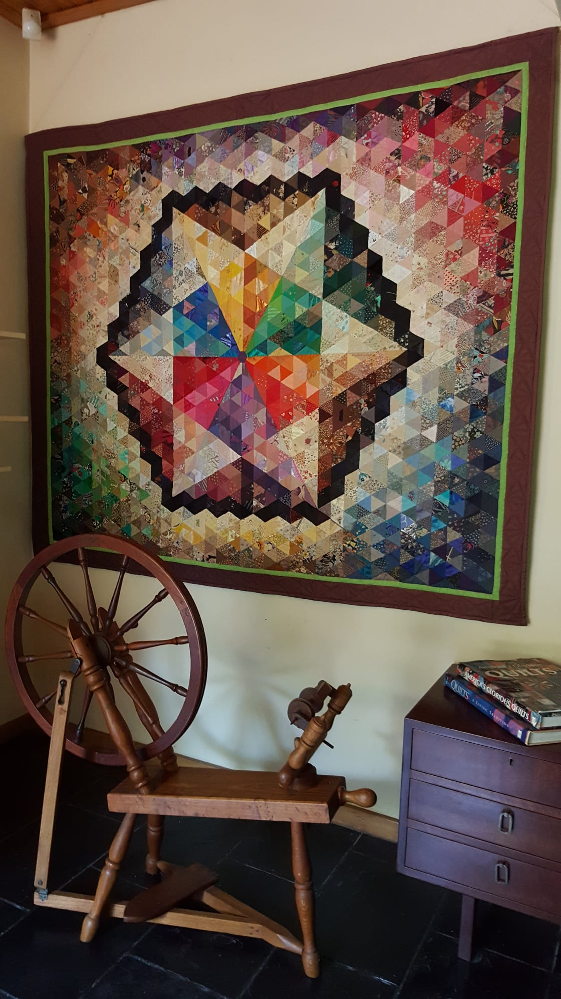 Read more about the article Multi-Coloured Geo-isometric Textile Art